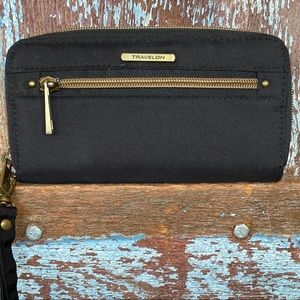 Travelon Black Wristlet Wallet
